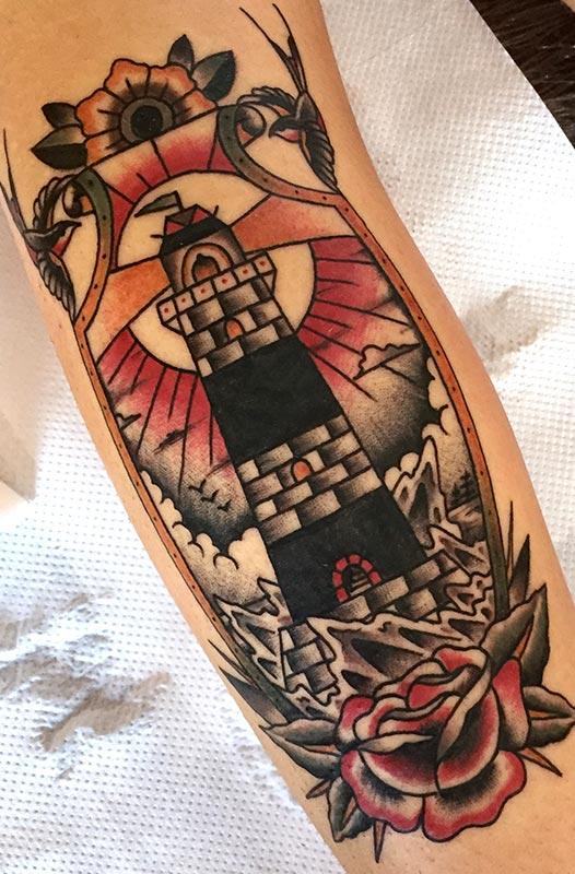 tatuajes en valencia estilo tradicional