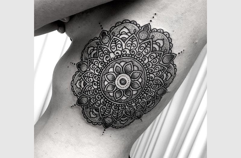 mandala tattoo valencia by Pilar