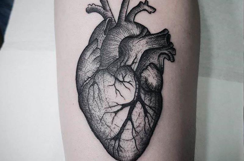tatuaje corazon valencia